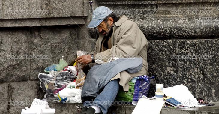 Fill 730x380 depositphotos 31647977 homeless